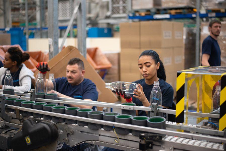 工場勤務・製造業に向いている人の特徴