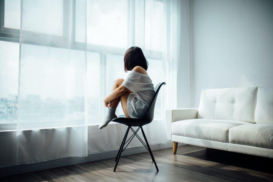 【新社会人】一人暮らしが寂しいときの対策【一人なだけで独りではない】