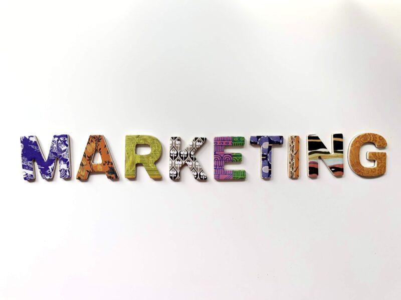 【簡単に解説】webマーケティングの仕事内容とは?【必要なスキルは?年収は?】