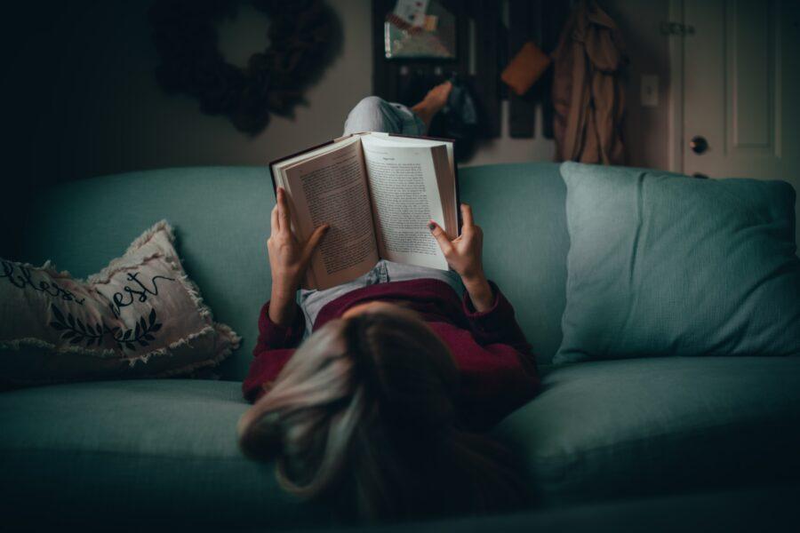 忙しい社会人が読書を習慣づける方法