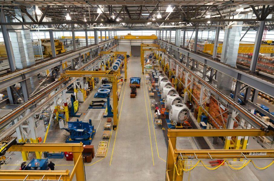 【歴6年】工場勤務の給料は安い?上がらない?真相を暴露&5つの原因も解説